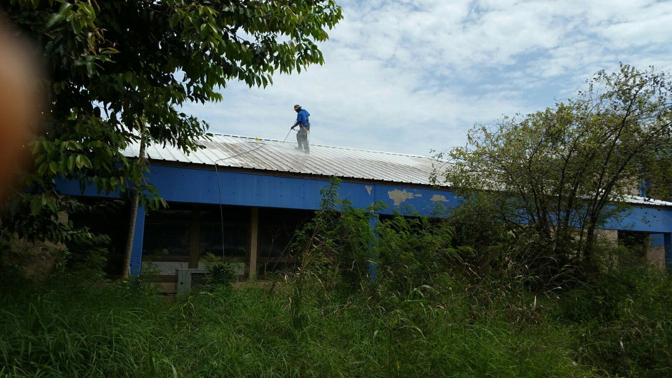 DMRP - Power Washing Metal Roof at Arthur Richards JHS.jpg