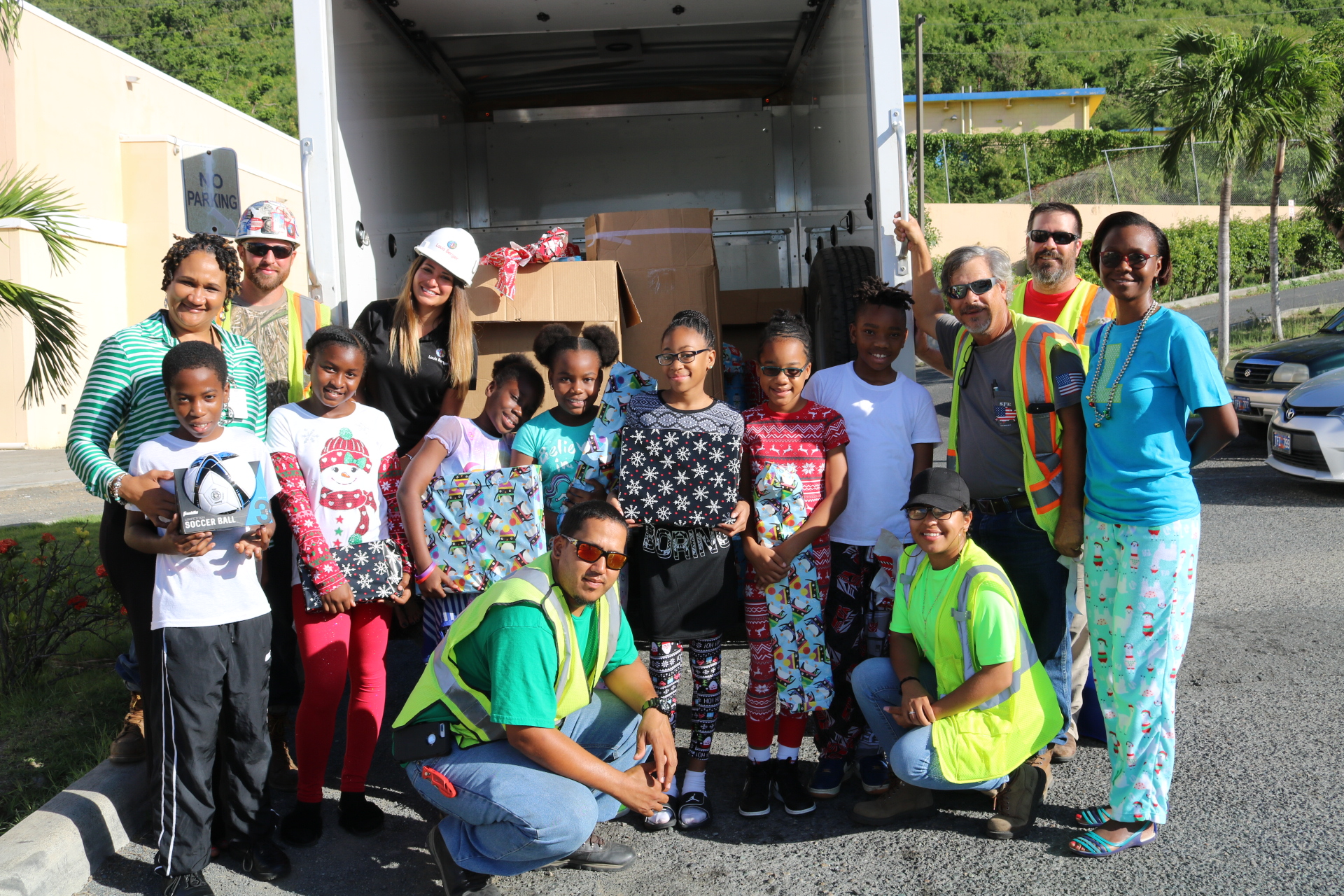 St. Thomas – St. John District Receive Christmas Gifts from Relief ...